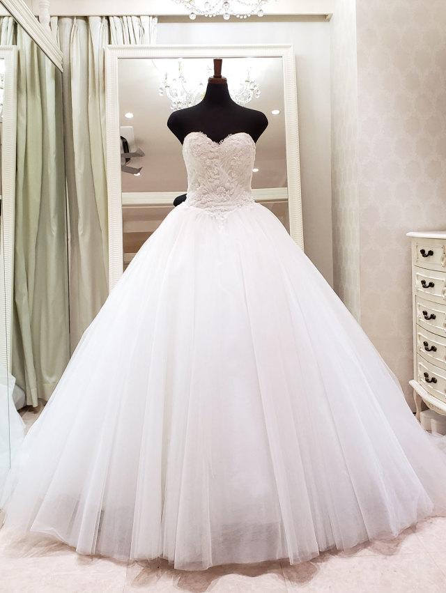 チュールドレス ウェディングドレス ベアトップ ビスチェ シンプル