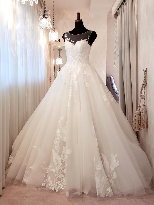 ウェディングドレス ボタニカル ノースリーブ ショルダードレス